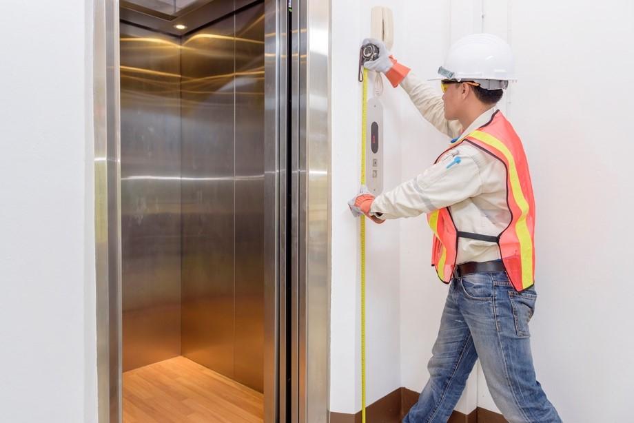 نصب آسانسور توسط نصابان حرفه ای