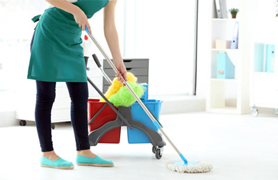کارگر نظافت منزل توسط خانم در اصفهان با اصفهان رفت و روب